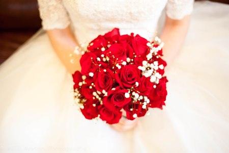 A beautiful bouquet on a beautiful wedding day