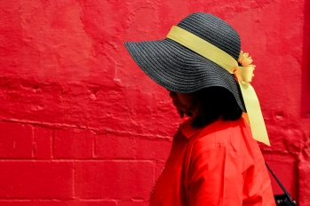 BALTIMORE, MD - MAY 18: A woman wears a hat prior to the 144th Running of the Preakness Stakes at Pimlico Race Course on May 18, 2019 in Baltimore, Maryland. (Photo by Will Newton/Getty Images)